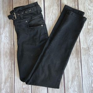 NWOT WE THE FREE BLACK HIGH WAIST STRETCH JEANS 29